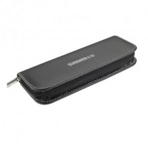 Libreta con bolígrafo y marcadores