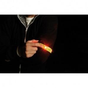 Camiseta Victoria cuello de pico blanca