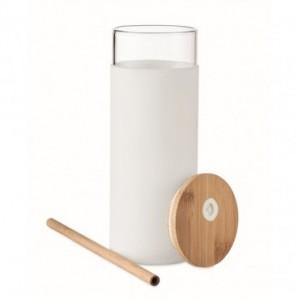 Bolígrafo de plástico y caña de trigo