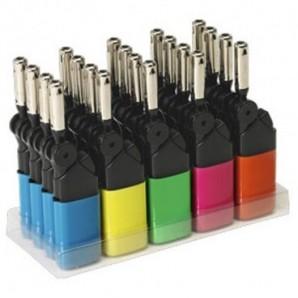 Cuchillo de acero inoxidable y madera