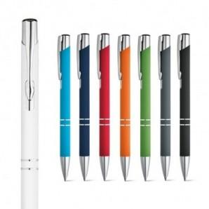 Paraguas con mango y asa de madera